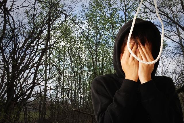 自殺死亡率と不況の関係性